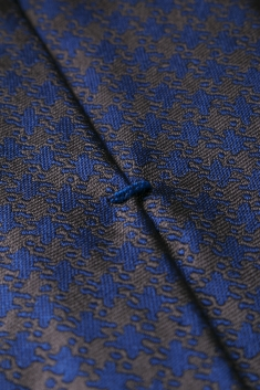 Bicolor houndstooth printed silk tie