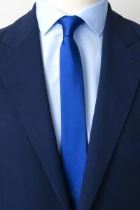 Cravate fine bleu royal