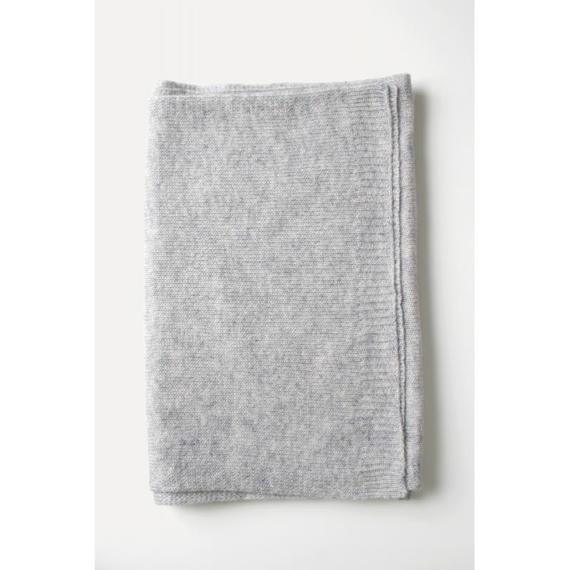 ace8733b39f1 ... Echarpe cachemire tricotée argent ...