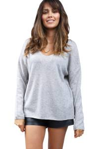 Cashmere sweater V-neck buttoned back