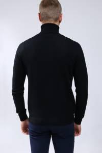 Black cashmere sweater turtleneck