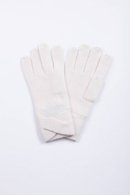 Cashmere gloves crossed fold